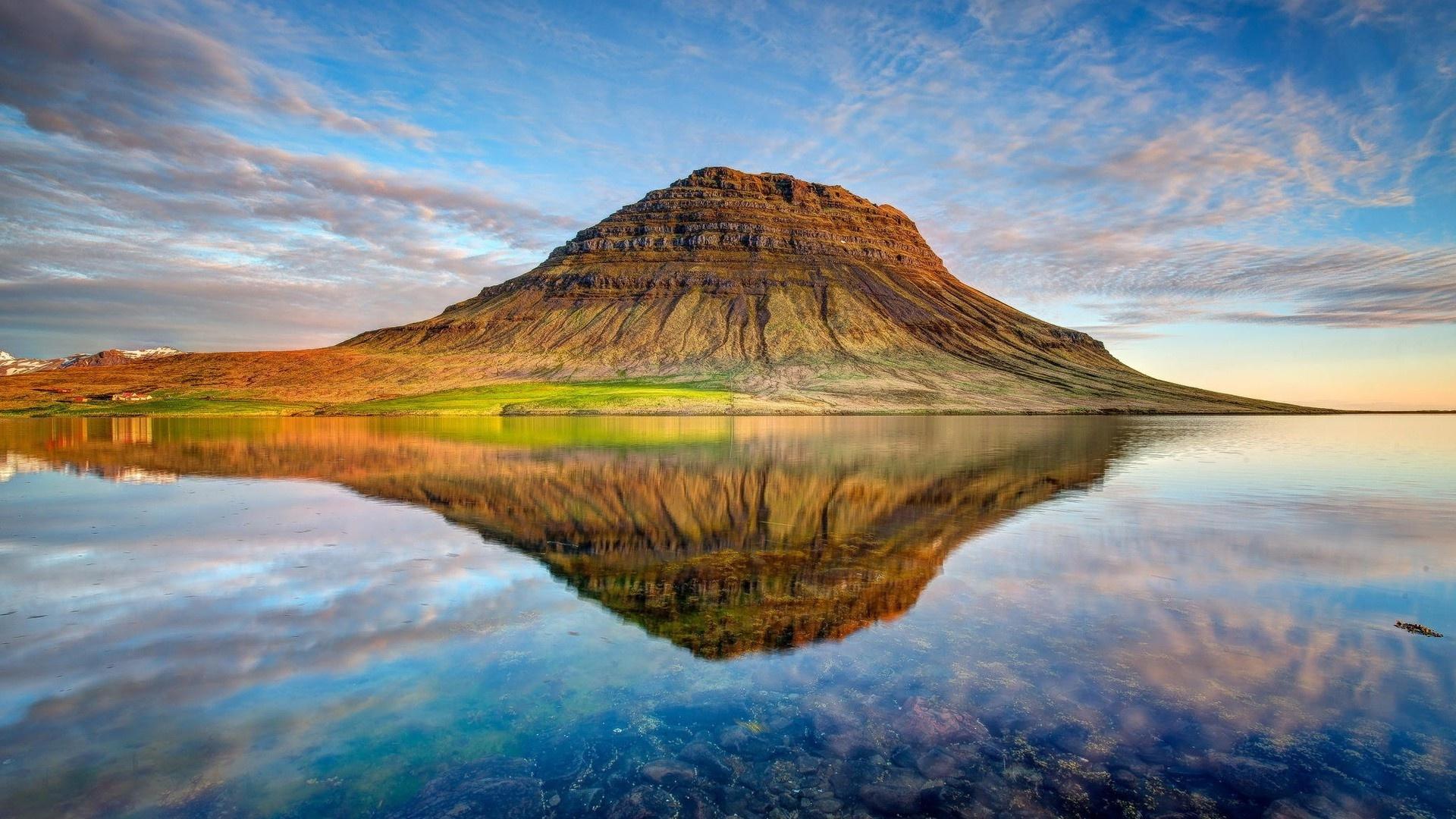 Iceland Desktop Wallpaper