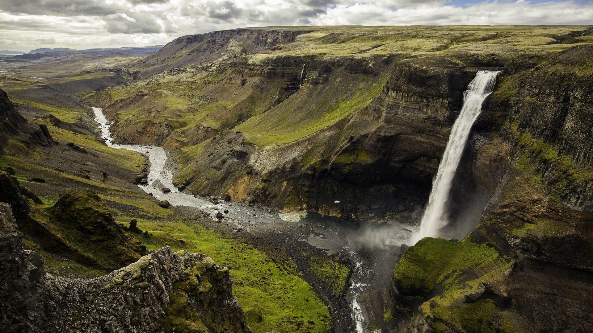 Iceland Wallpaper theme