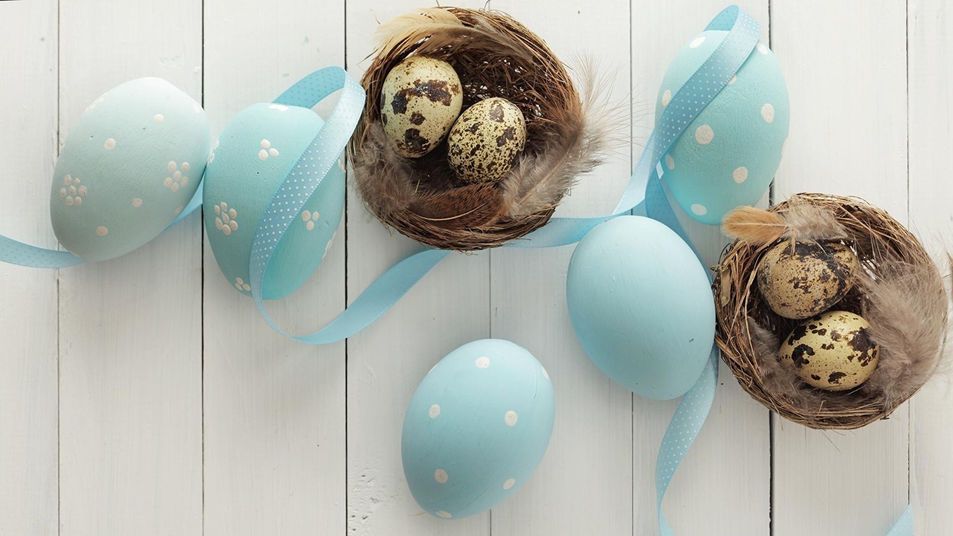 Easter Eggs With Ribbon Desktop Wallpaper