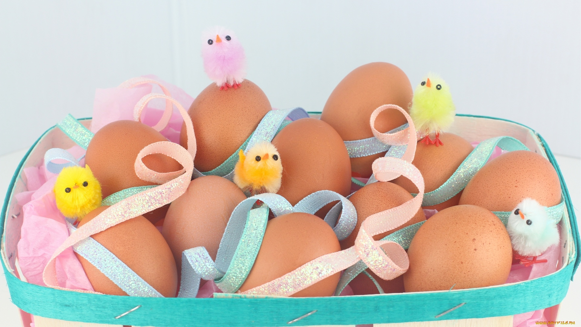 Easter Eggs With Ribbon Wallpaper