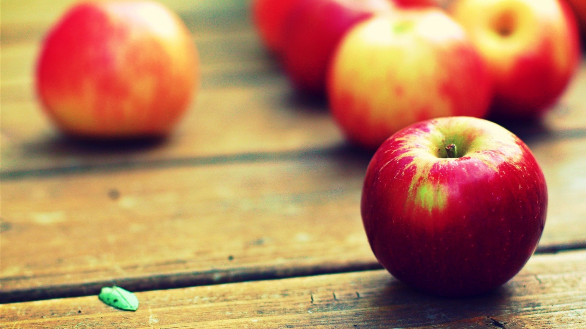 Apple Fruit Wallpaper theme