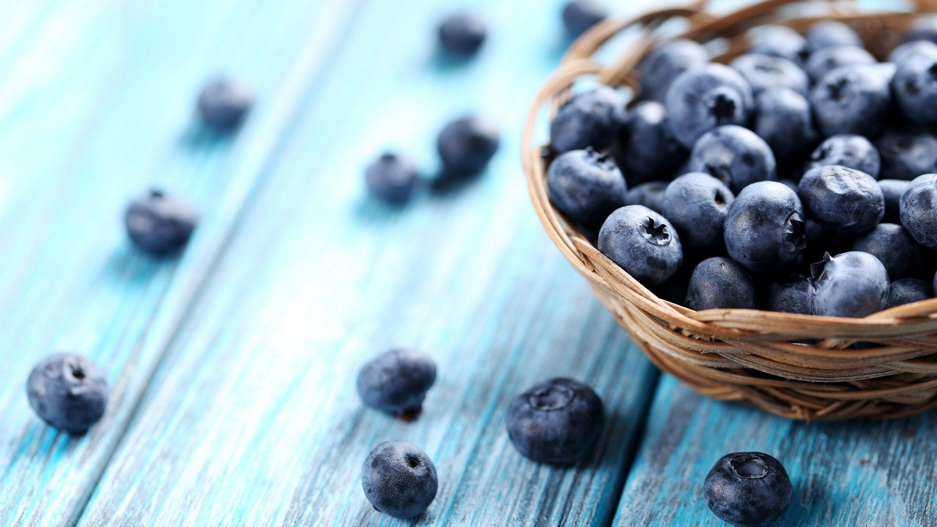 Blueberries wallpaper for desktop