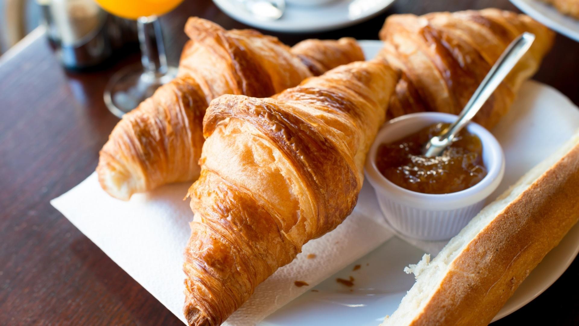 Croissants Wallpaper
