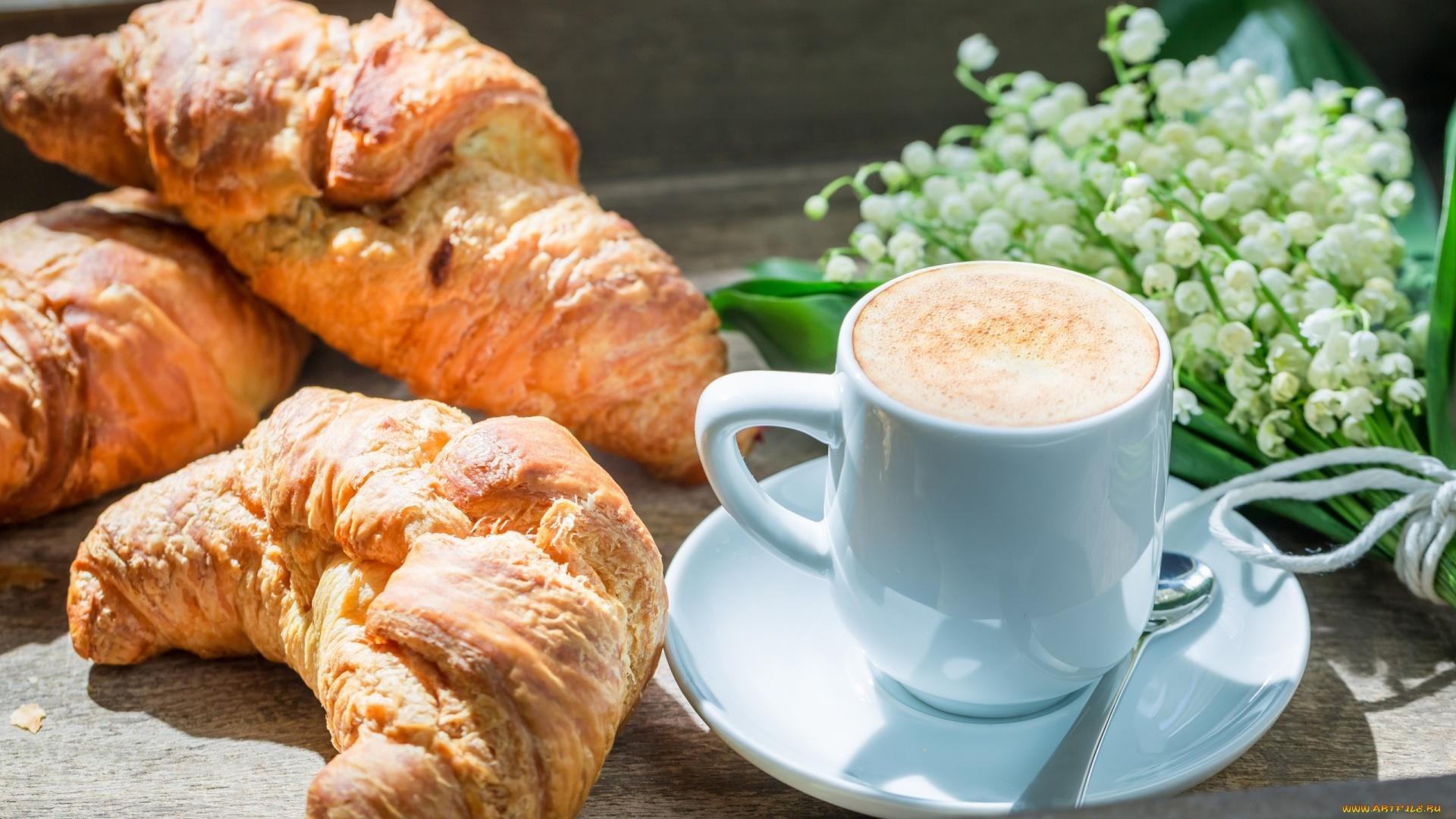 Croissants Background