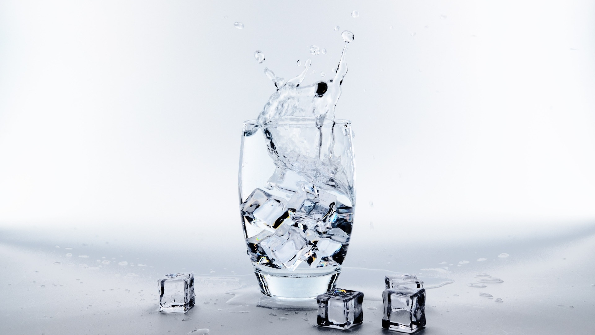 Ice In A Glass computer wallpaper