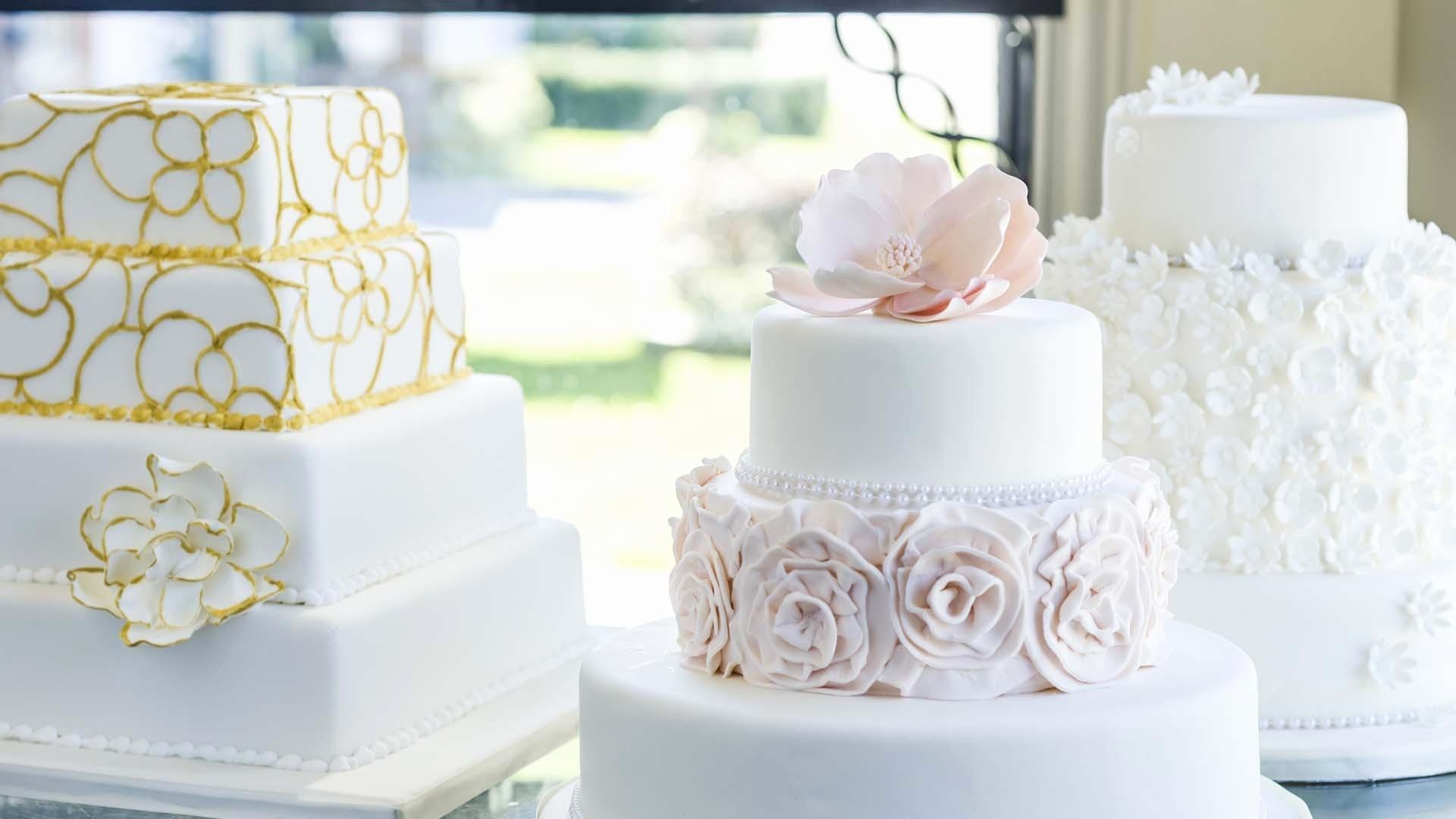Wedding Cake Wallpaper theme