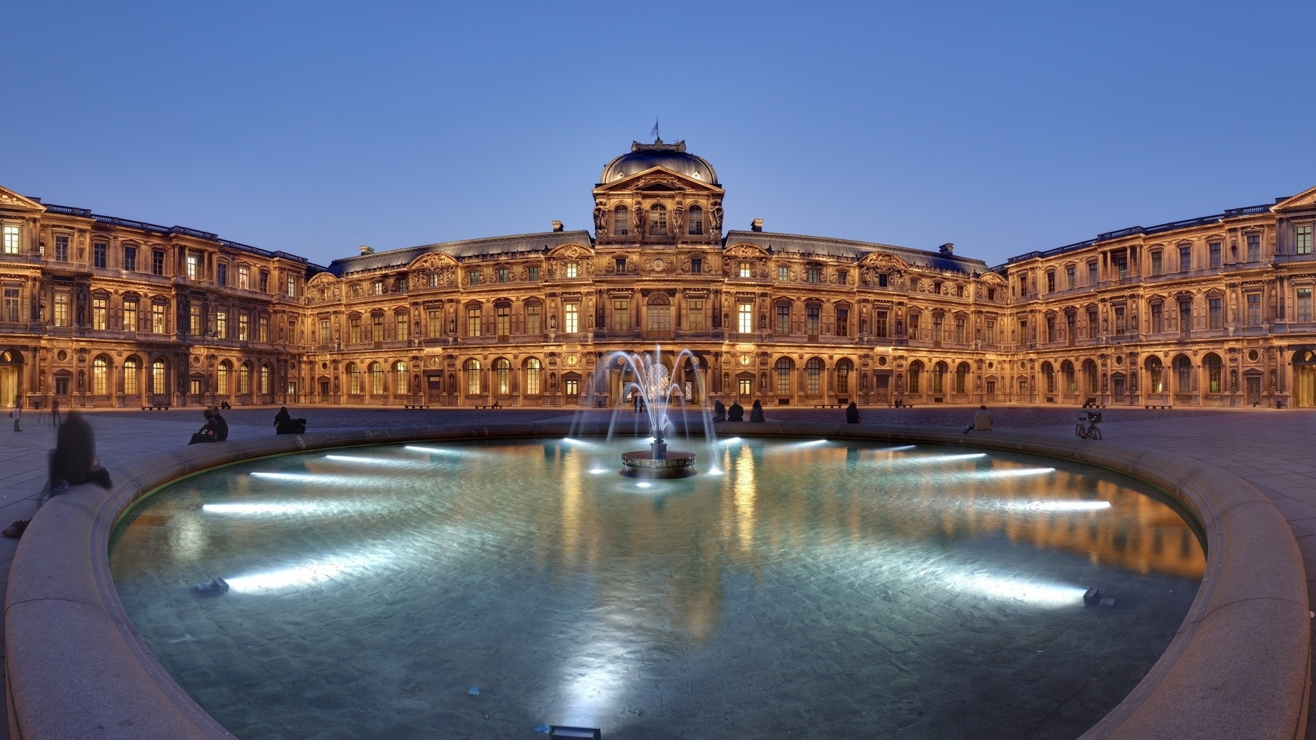 Louvre Museum free picture