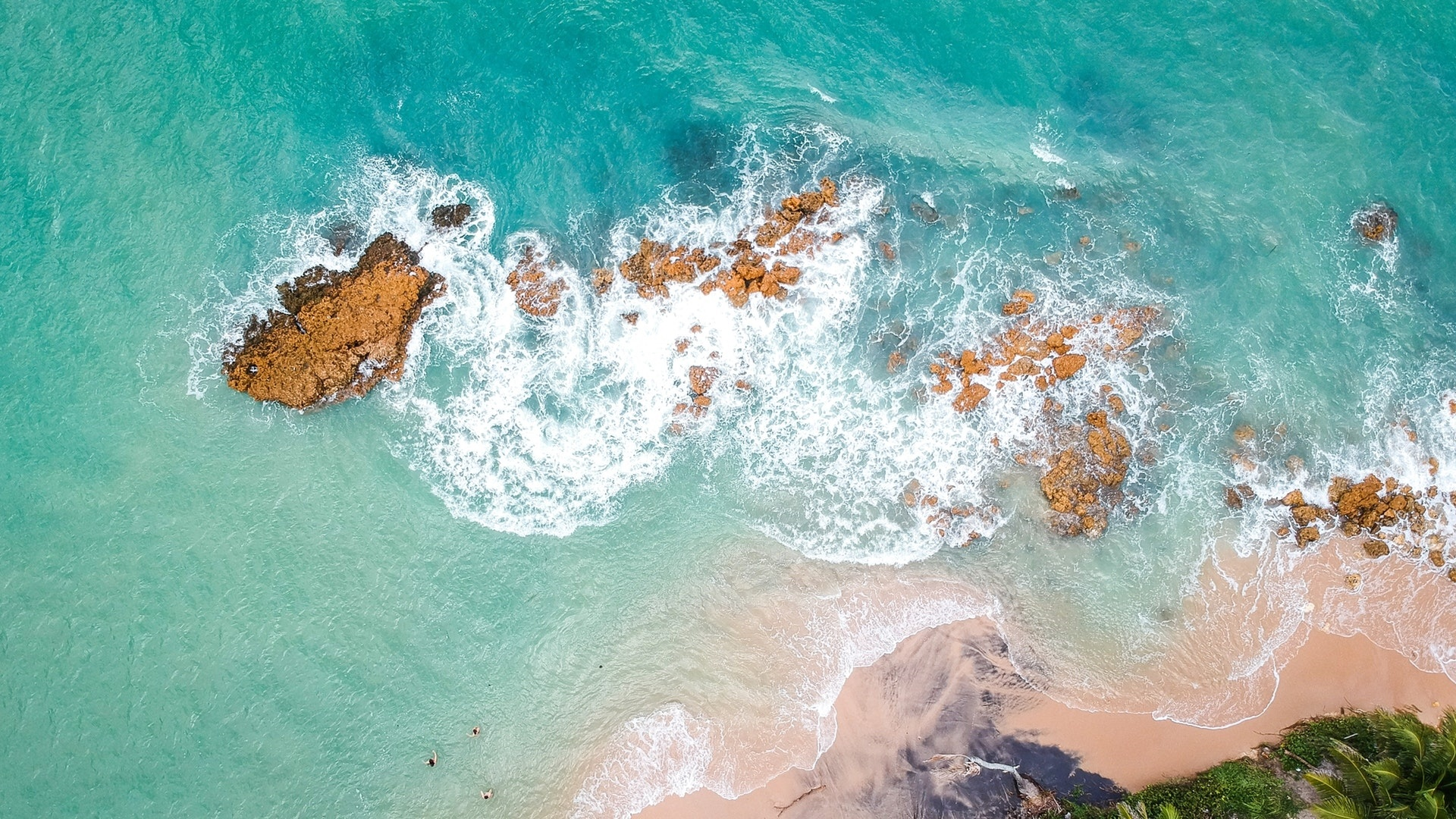 Sea and Sand From Above desktop wallpaper free download