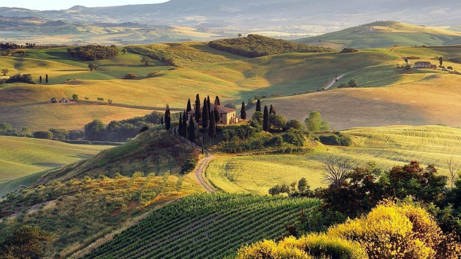 Tuscany windows wallpaper