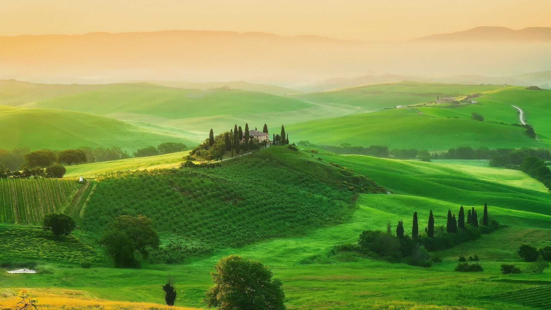 Tuscany 1080p wallpaper