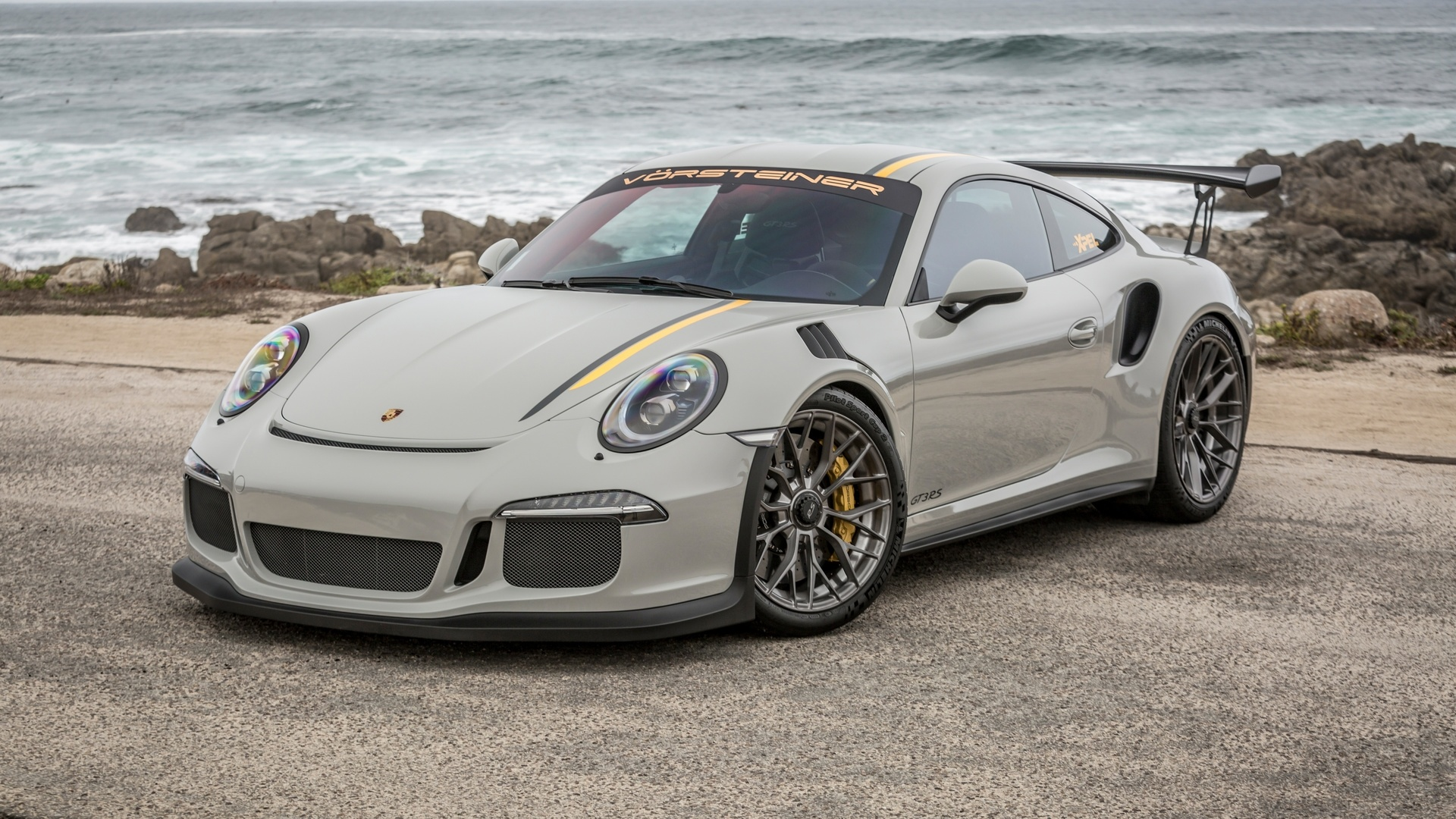 Porsche desktop wallpaper free download